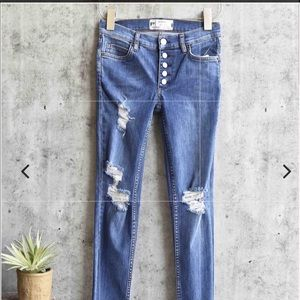Free People  | Reagan button front jeans | 26